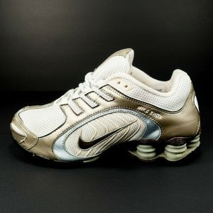 Nike Shox Navina Running Shoes